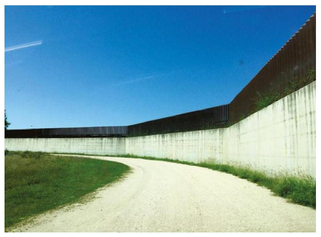 World of Walls - 4  The U S -Mexico Border Wall - Open Book